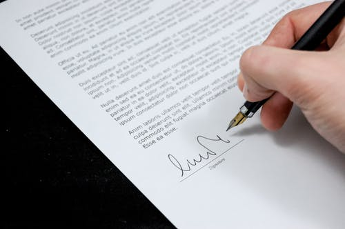 Letter writing services and business reporting in Stockport, Manchester, Wilmslow, Didsbury, Alderley Edge, Cheadle